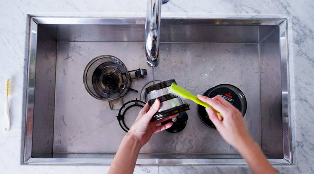 How-to-Clean-a-Juicer